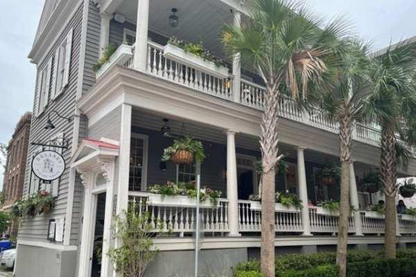 Charleston Seafood Restaurant