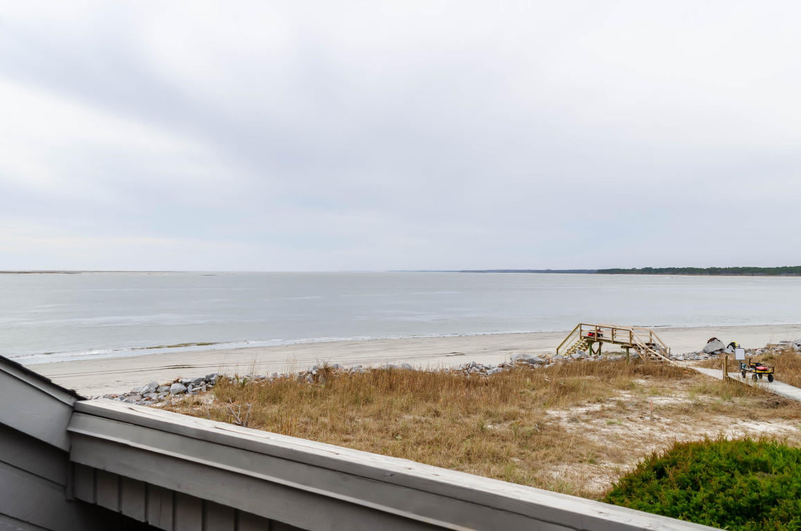 A private beach boardwalk at 323 Seabrook Island Road.