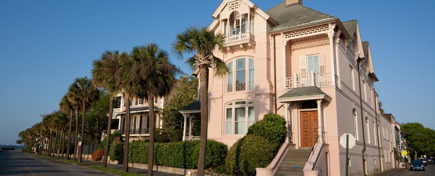 Large pink Charleston home: best Charleston, SC, neighbhorhoods.